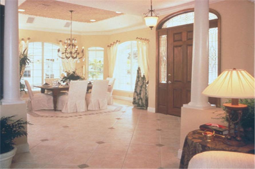 190-1004: Home Interior Photograph-Entry Hall: Foyer