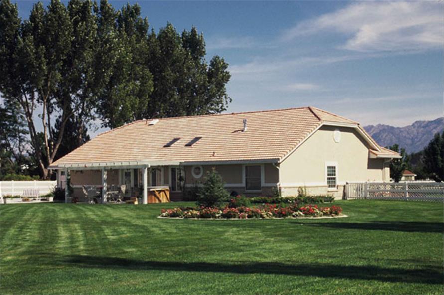 190-1006: Home Exterior Photograph-Rear View