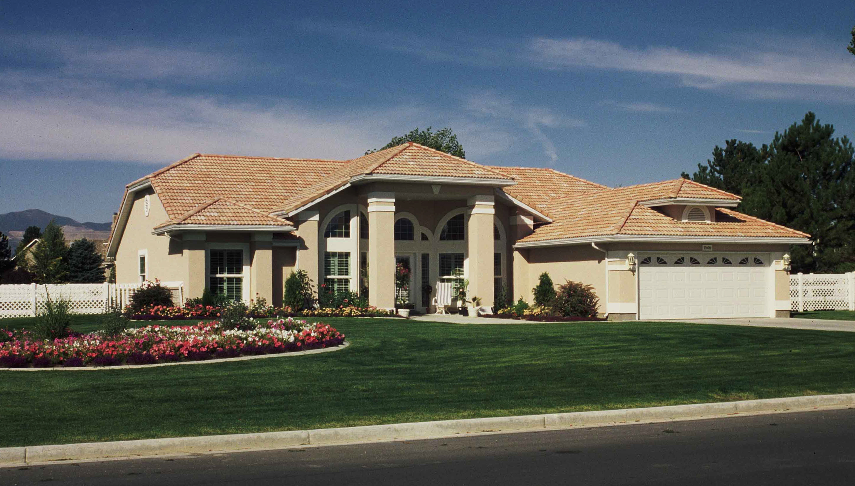 Garage Roofs Contemporary House Plan 190 1006 4 Bedrm 2041 Sq Ft