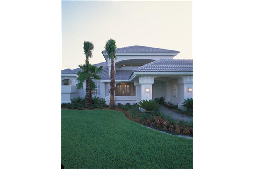 190-1007: Home Exterior Photograph-Landscaping