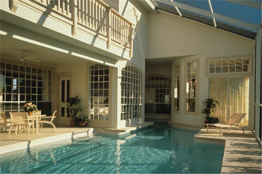190-1019: Home Exterior Photograph-Pool