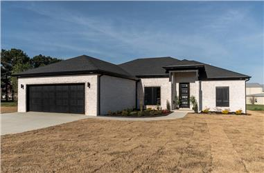4-Bedroom, 1649 Sq Ft Contemporary House - Plan #193-1100 - Front Exterior