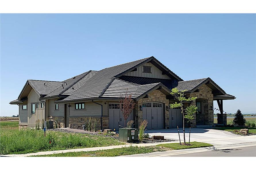 Side View of this 3-Bedroom,2459 Sq Ft Plan -2459