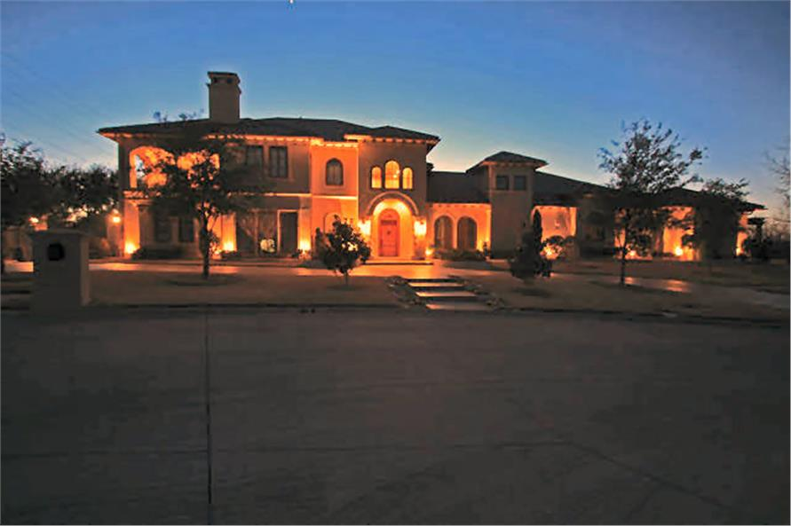 Home at Night of this 4-Bedroom,8647 Sq Ft Plan -8647