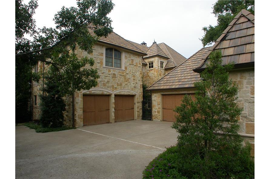 Garage of this 5-Bedroom,7823 Sq Ft Plan -7823