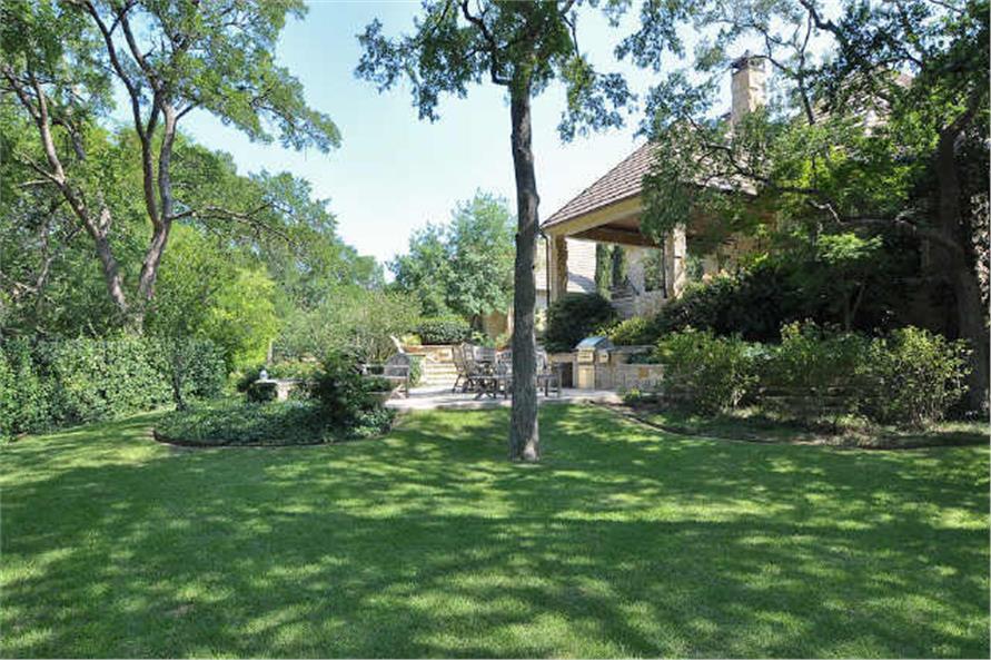 Landscaping: Garden of this 5-Bedroom,7823 Sq Ft Plan -7823