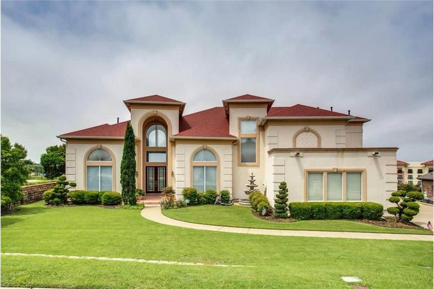 3-Bedroom, 3987 Sq Ft Luxury House - Plan #195-1250 - Front Exterior
