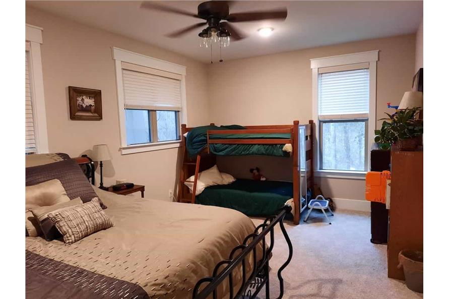 196-1013: Home Interior Photograph-Bedroom