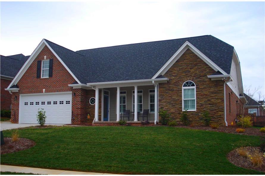 2-Bedroom, 2569 Sq Ft Farmhouse Home Plan - 196-1146 - Main Exterior