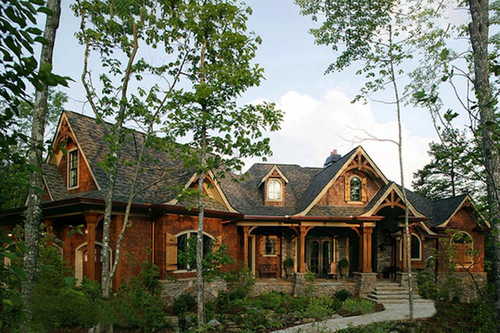Photograph of Arts and Crafts Ranch home plan (ThePlanCollection: House Plan #198-1005)