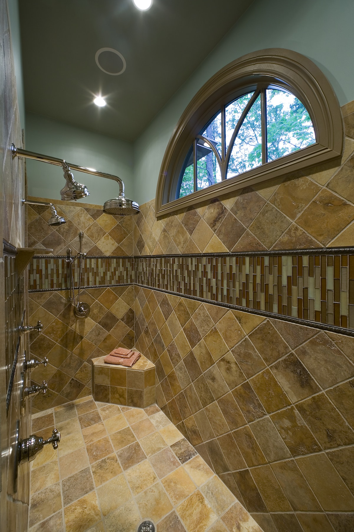 Arts And Crafts Home Plan Bedrms Baths