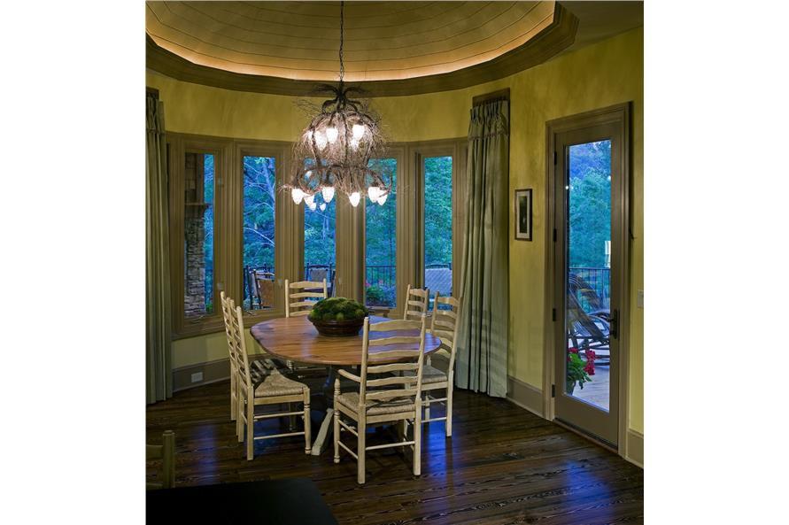 198-1010: Home Interior Photograph-Kitchen: Breakfast Nook