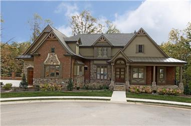 5-Bedroom, 3930 Sq Ft Traditional Home Plan - 198-1076 - Main Exterior