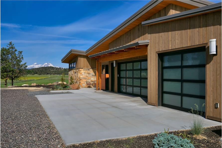 Garage of this 3-Bedroom,4036 Sq Ft Plan -4036