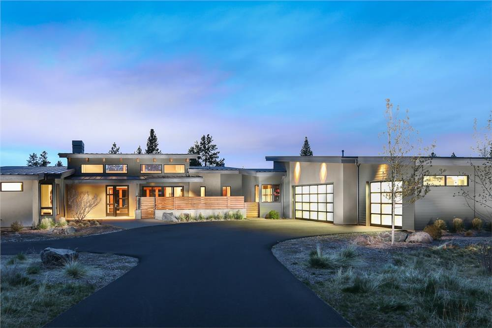 Contemporary style home (ThePlanCollection: Plan #202-1013)