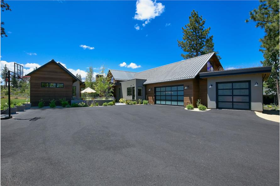 Garage of this 3-Bedroom,3832 Sq Ft Plan -3832