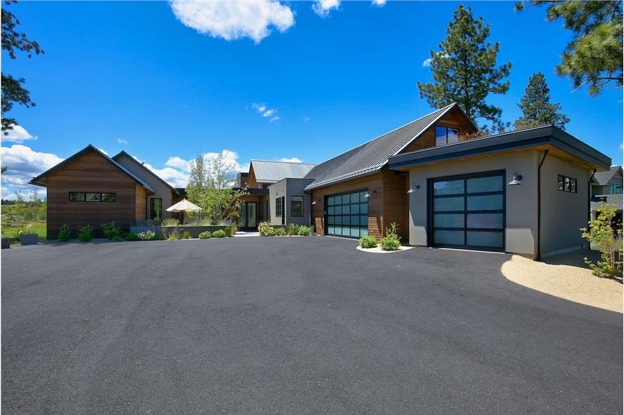 3-Bedroom, 3832 Sq Ft Contemporary House Plan - 202-1014 - Front Exterior