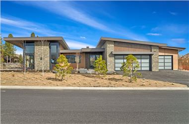 3-Bedroom, 3338 Sq Ft Contemporary House - Plan #202-1029 - Front Exterior