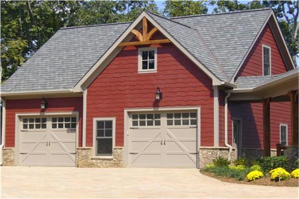 Well-designed garage apartment plans for use as in-law suite or rentable unit.