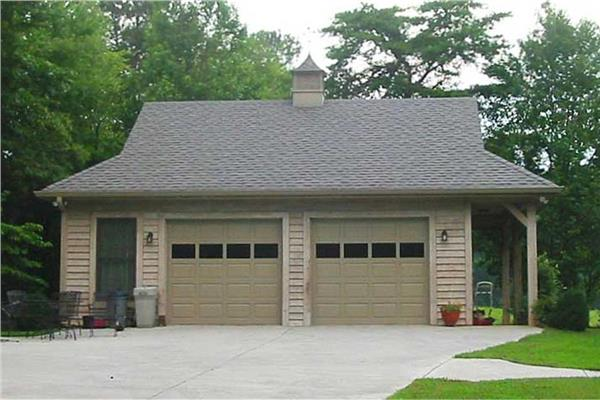 Garage plan with a traditional design although garages can come a wide variety of architectural styles and sizes.