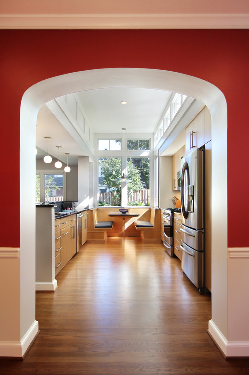 Built-in kitchen banquette booth
