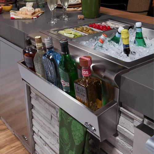 Built-in beverage chiller for outdoor kitchen/bar area