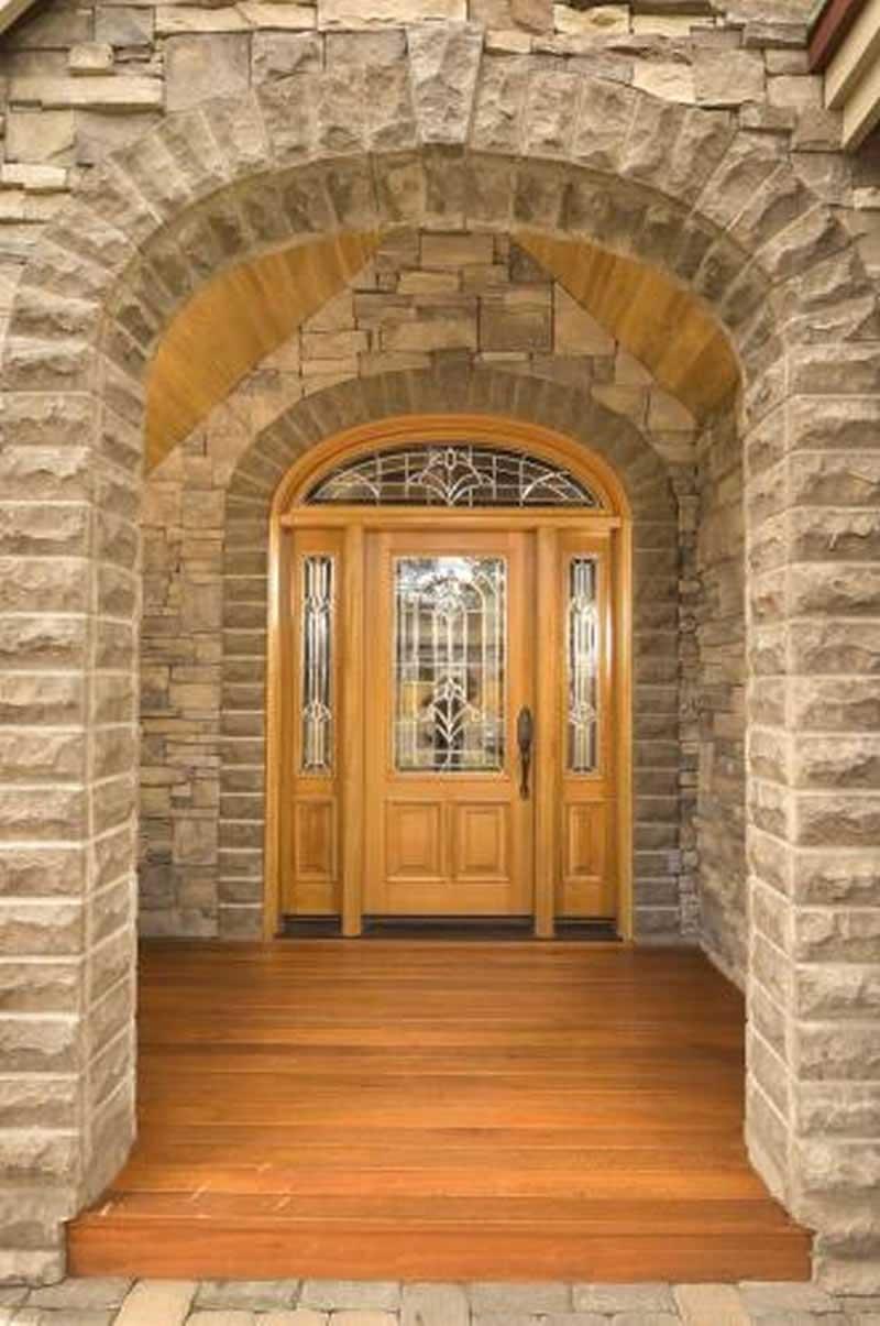 Front door of house plan #149-1158