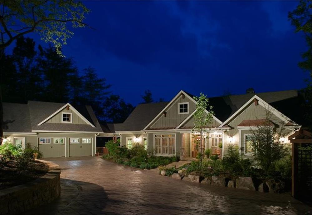 Country Ranch style home with open-sided breezeway between it and detached garage