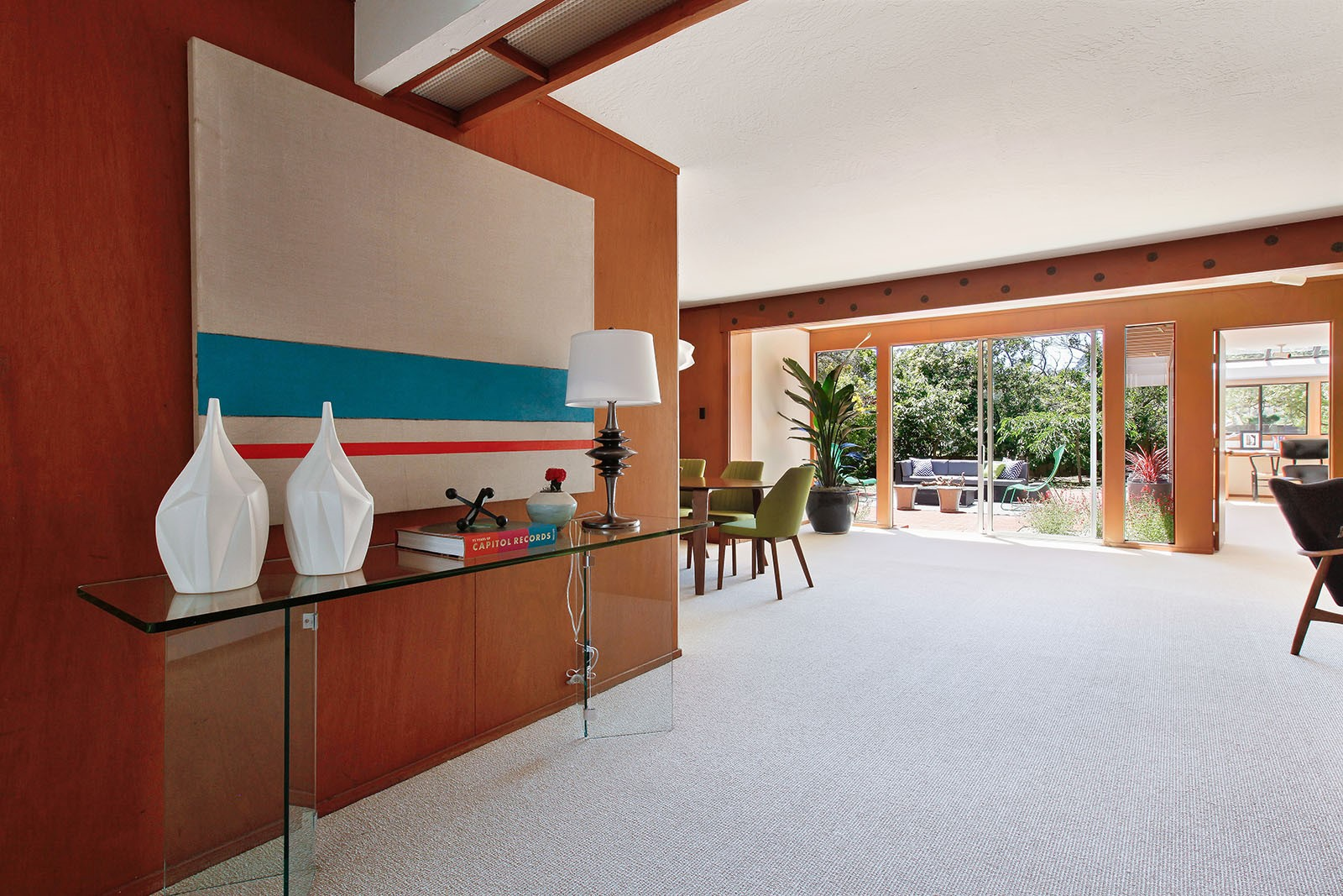 The inside of an Eichler home in San Franciscos Diamond Heights