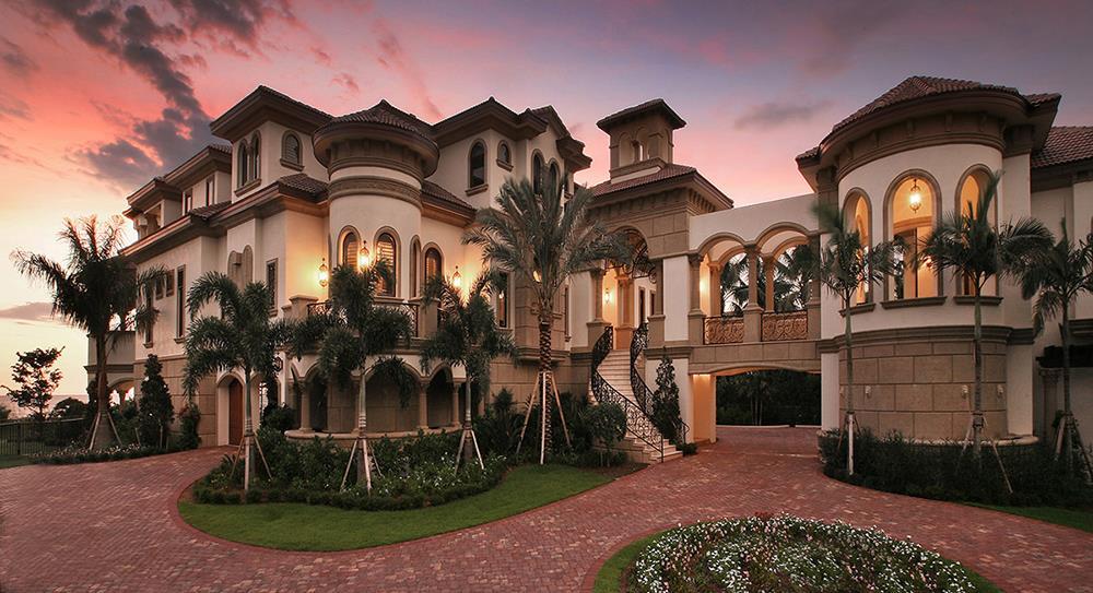Mediterranean style home plan #175-1256