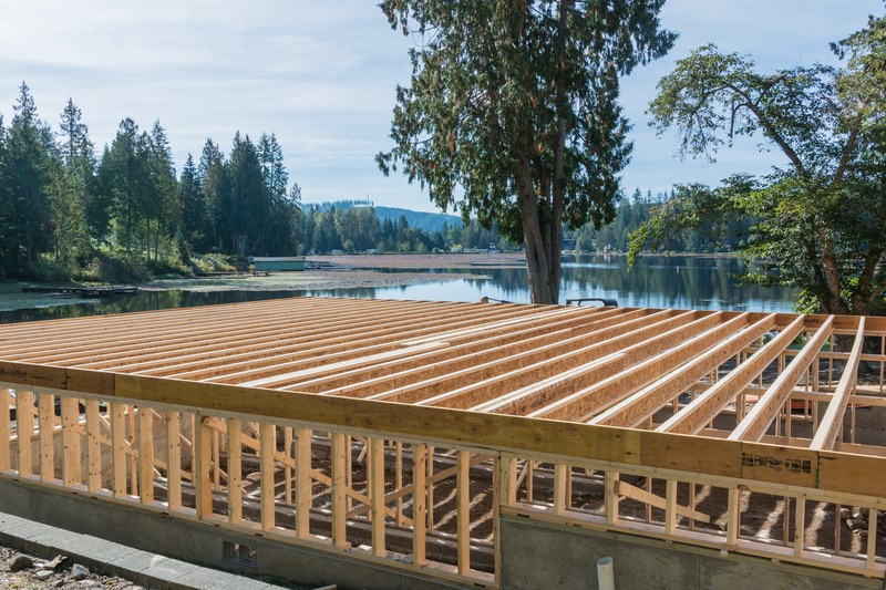 Crawlspace foundation with floor joists installed