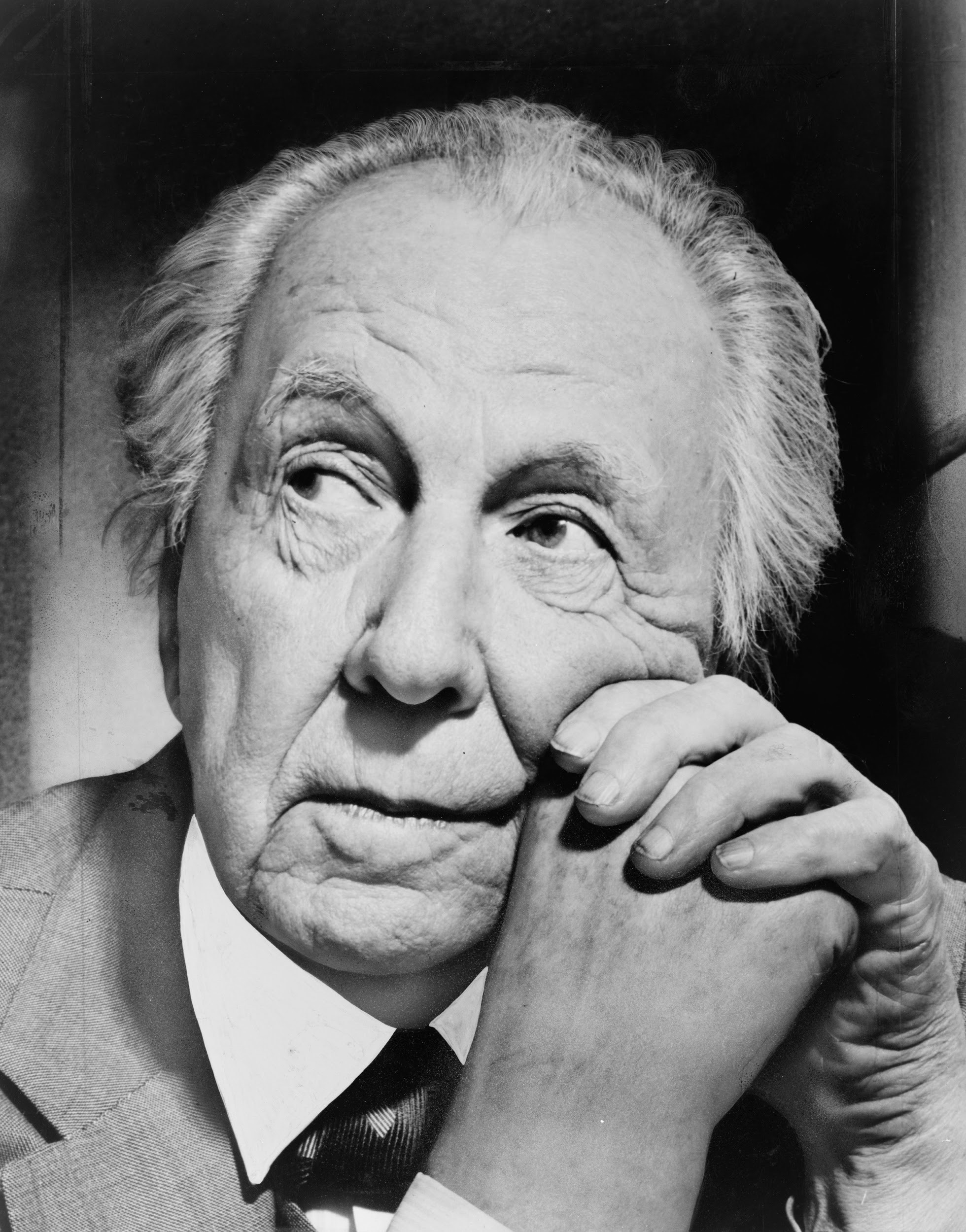 Architect Frank Lloyd Wright