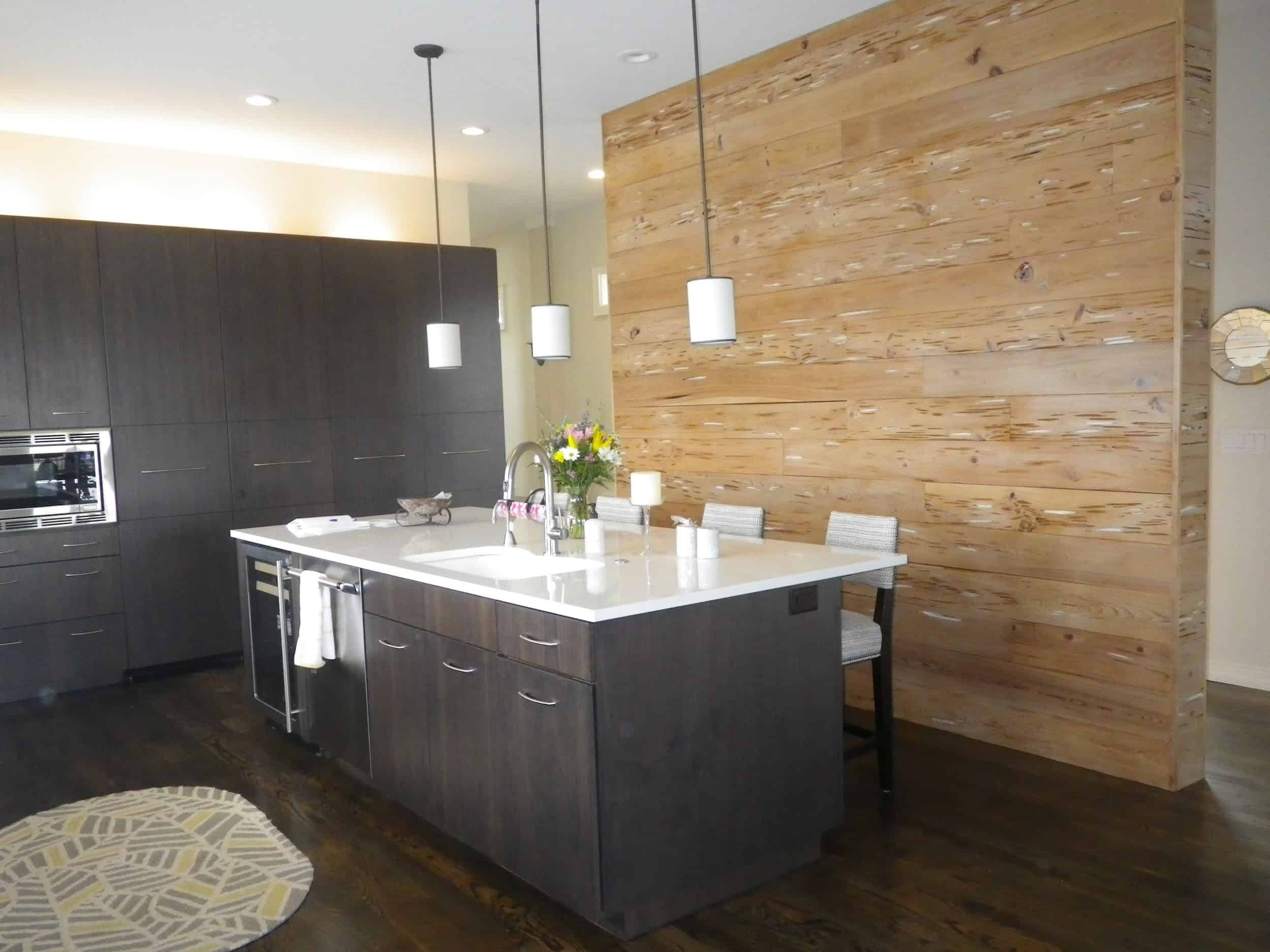 Accent wall in kitchen made of reclaimed cypress