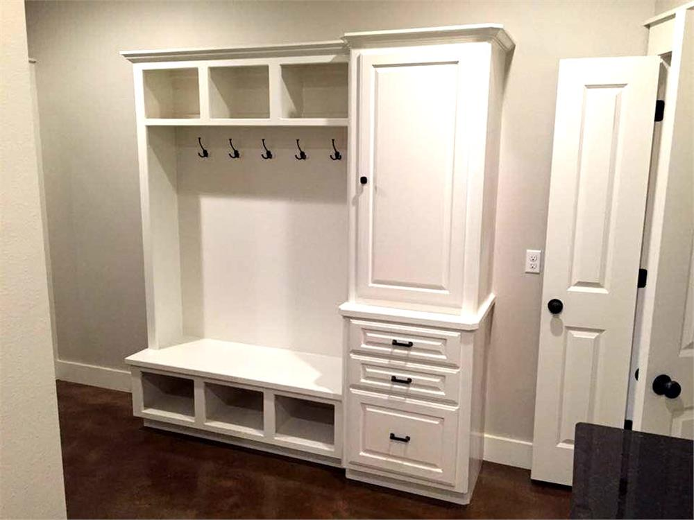 Mudroom storage unit in House Plan #106-1313