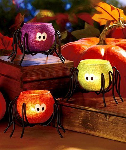 Fanciful Halloween spider tea lights