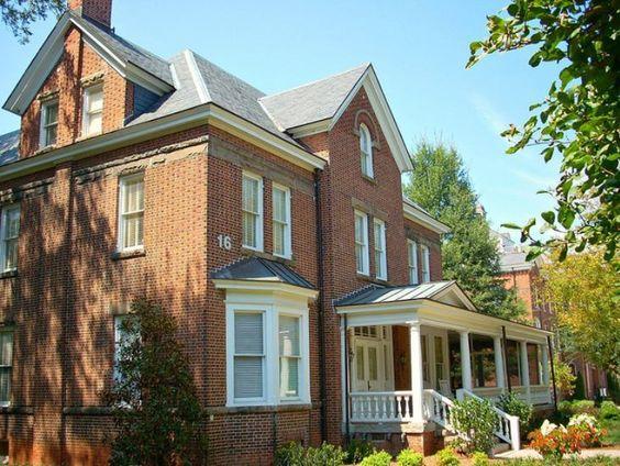 Reynolds Cottage at Spelman College