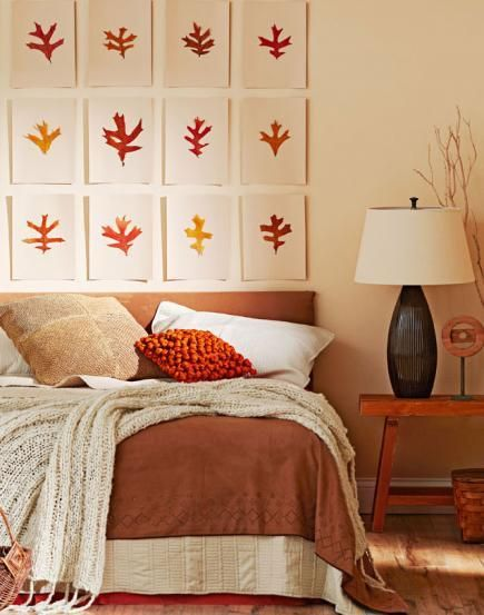 bedroom displaying pumpkin spice decor