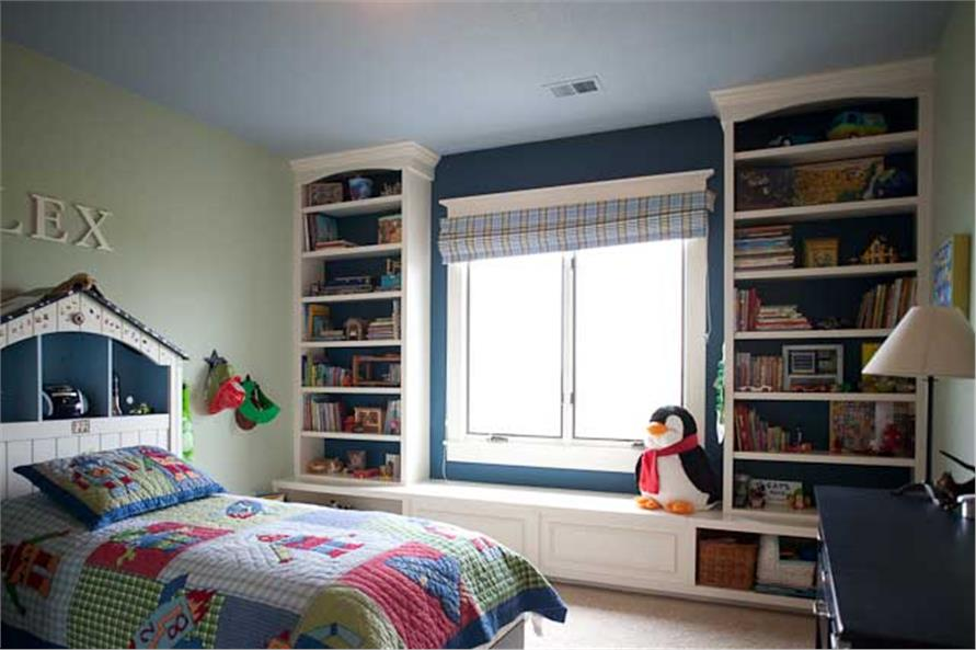 Beautiful bookcases in a child's bedroom