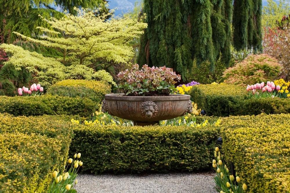 Gardens of Joe Segals Vancouver mansion