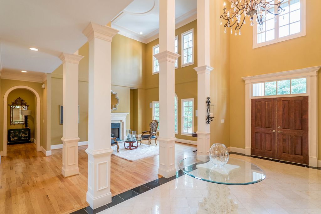 Foyer with large columns in house plan #106-1155