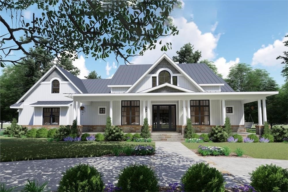 Contemporary Farmhouse with 12-ft.-tall ceilings, 3 bedrooms, 2 full bathrooms, and a half bath