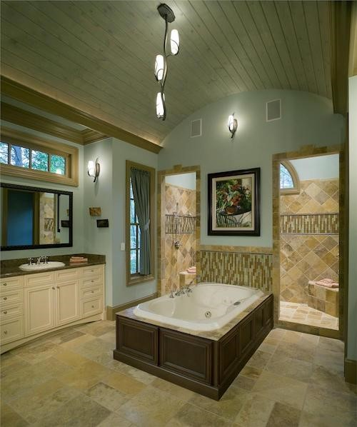 Beautiful master bath with soaking tub and barrel-vault ceiling