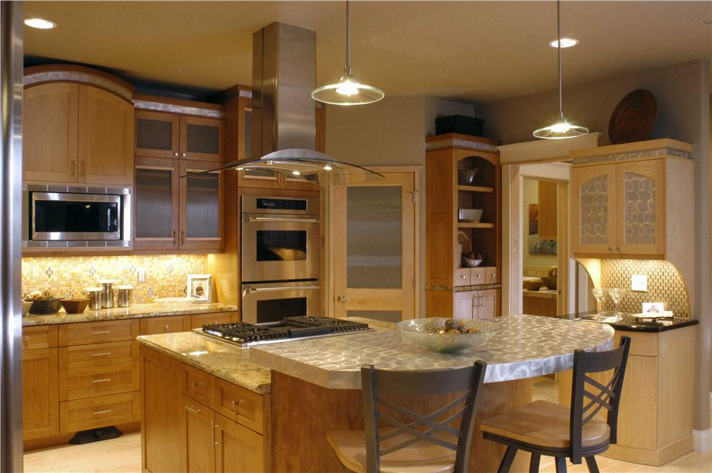 Kitchen with walk-in pantry in House Plan #161-1038