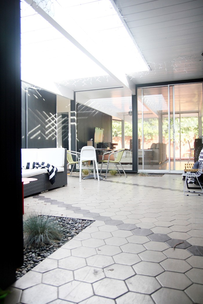 """Original """"Eichler"""" home in Sunnyvale  designed by Robert Anshen"""