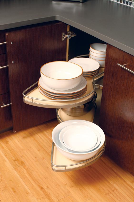 Corner cabinet in kitchen
