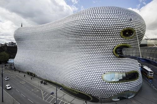 Curved and rounded sculpture-like Selfridges Department Store in Birmingham, United Kingdom