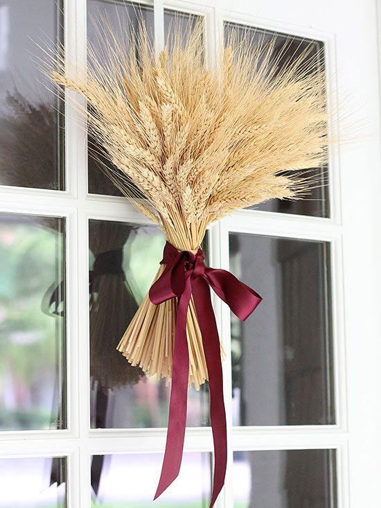 Simple fall decor on a front door
