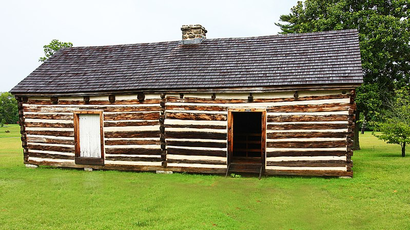 Log cabin from early 1800s in Tennessee