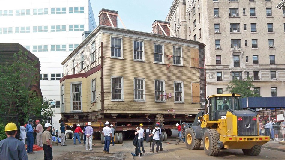 Laexander Hamilton's Grange estate home being moved to it's location as a National Memorial