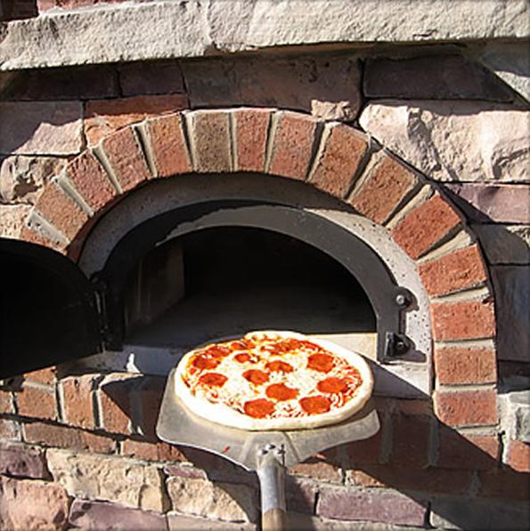Masonry-insert pizza oven